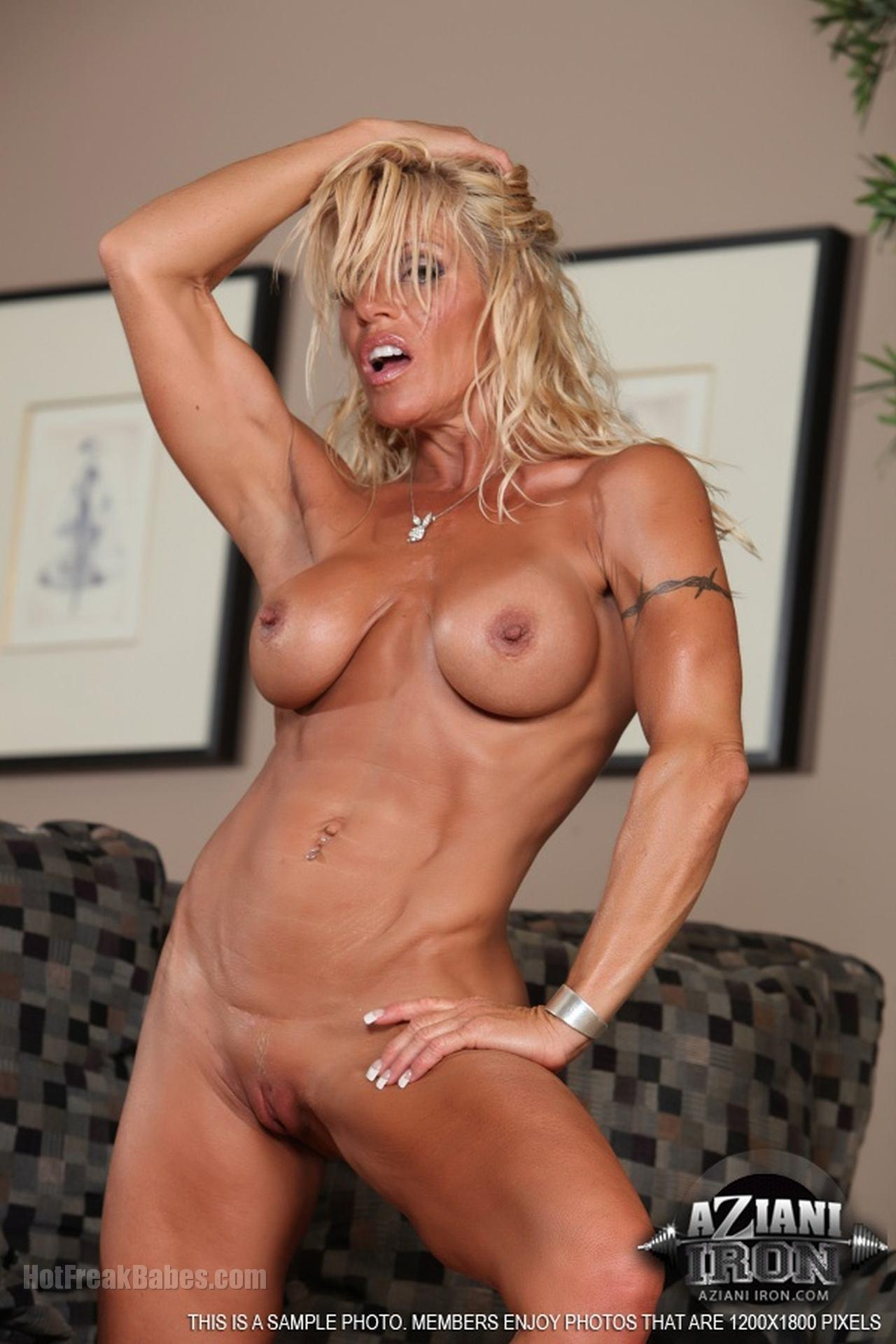 Nude Fitness Milfs